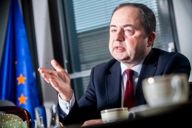 Konrad Szymański, MSZ: Polska na szerokim tle