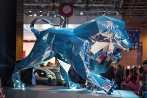 Rodzina Peugeot zgadza się na kolejne przejęcia PSA - tym razem we Włoszech?