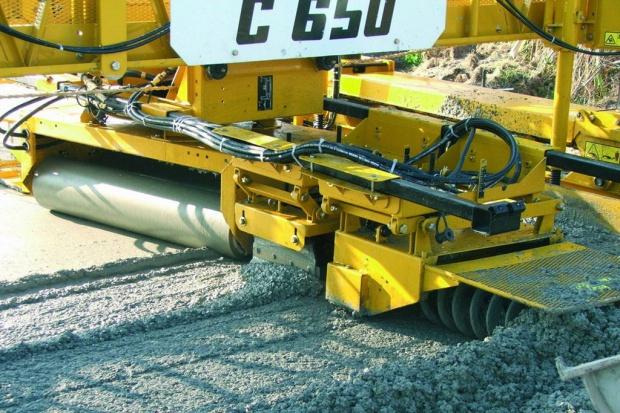 Strabag może ruszać z budową betonowego odcinka S8