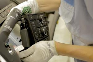 Niemcy. PSA zapewnia, że utrzyma miejsca pracy w Oplu