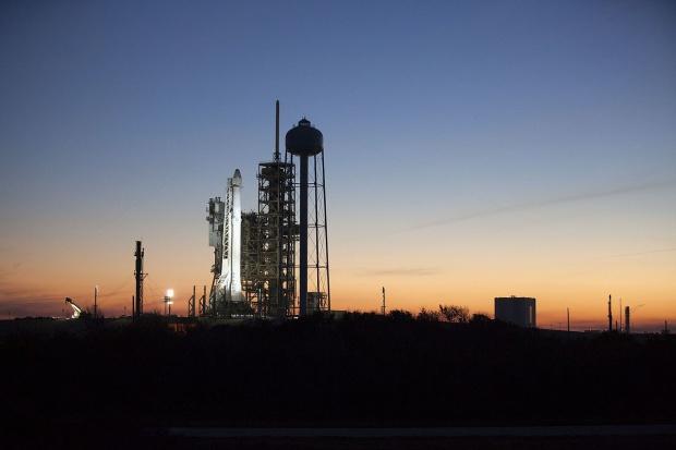 Udany start rakiety Falcon 9 z przylądka Canaveral