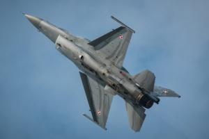 Polskie zakłady ruszają z produkcją bomb dla F-16