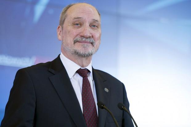 Macierewicz: Patriot za nie więcej niż 30 mld zł