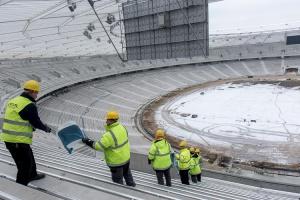 Zdjęcie numer 1 - galeria: Na Stadionie Śląskim trwa montaż krzesełek
