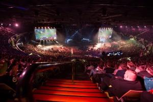 Zdjęcie numer 2 - galeria: Tłumy fanów gier w katowickim Spodku