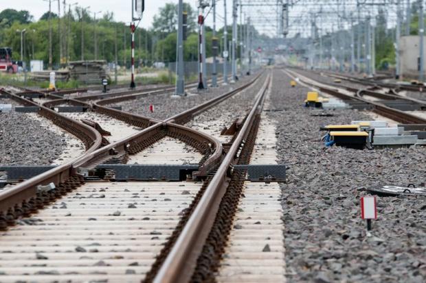 Modernizacja linii Warszawa - Lublin ma odmienić Puławy