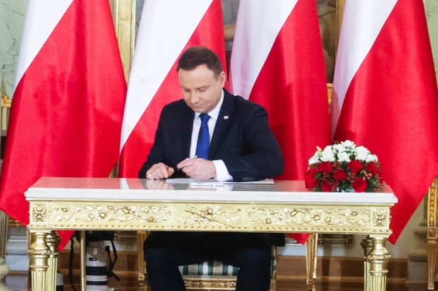 Ustawa usprawniająca działalność KAS z podpisem prezydenta