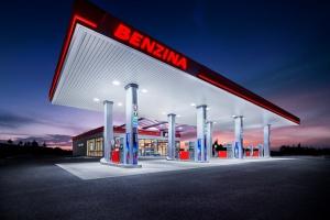 Unipetrol wprowadza na czeskim rynku nowe paliwa