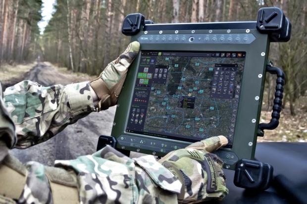 Bydgoska spółka ma dla wojska najnowszą wersję systemu zarządzania walką