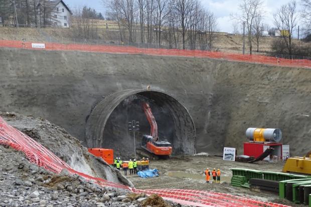 Astaldi rozpoczęło drążenie tunelu za prawie miliard złotych