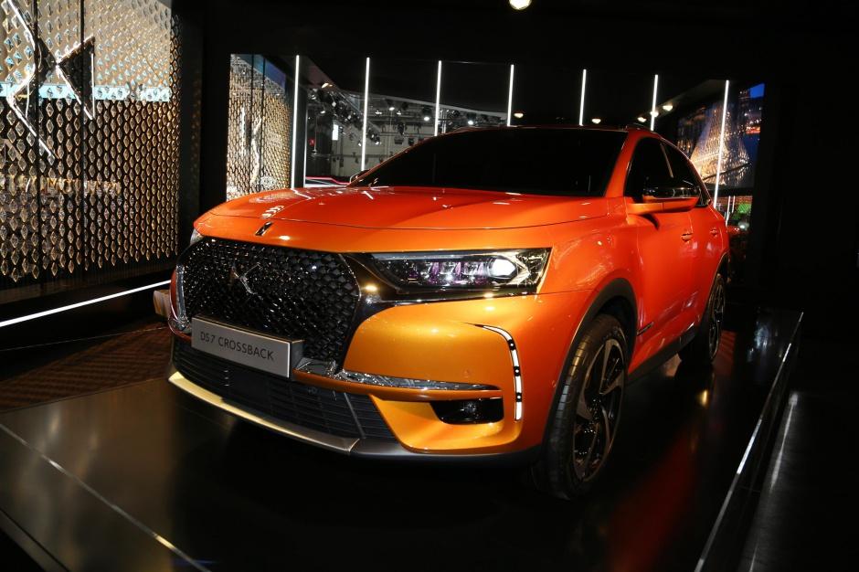 Zdjęcie numer 5 - galeria: Salon samochodowy w Genewie w obiektywie