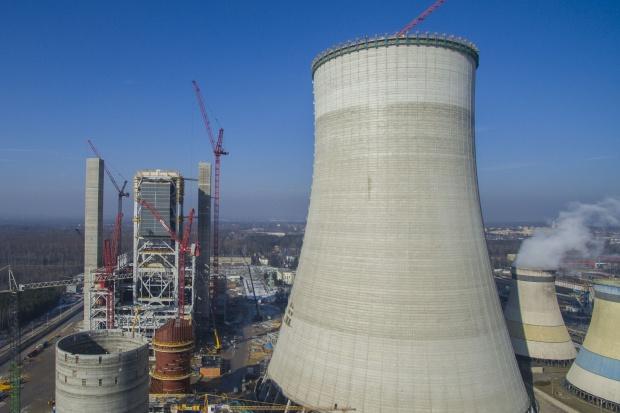 Chłodnia kominowa bloku 910 MW w Jaworznie osiągnęła docelową wysokość