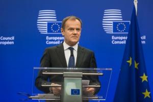 Donald Tusk o decyzji KE: wynika ze zmiany zaproponowanej przez PiS, że władza będzie ponad prawem