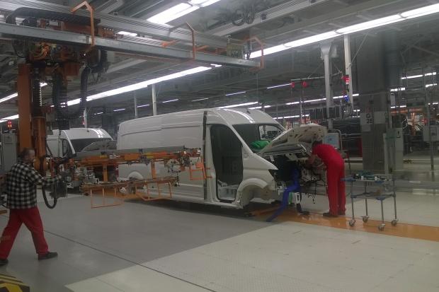 Zakład Volkswagena we Wrześni się rozpędza