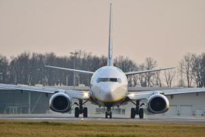 Ryanair ostrzega przed zakłóceniami lotów z powodu strajków