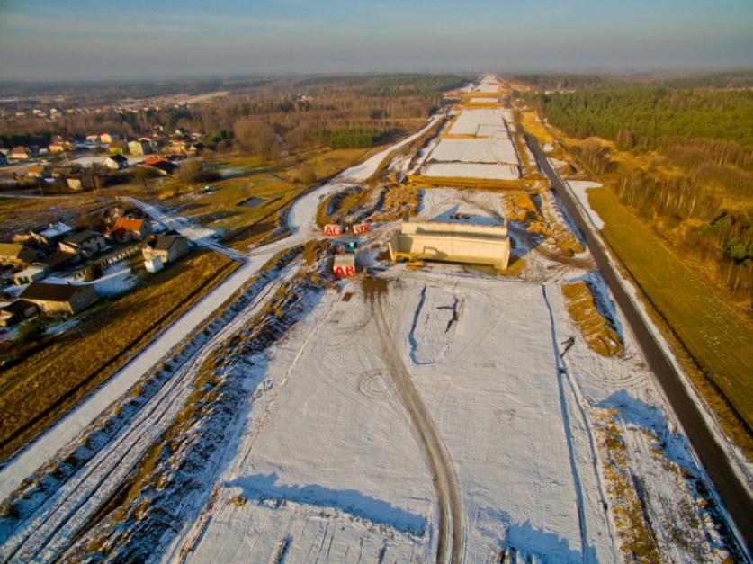 Zdjęcie numer 2 - galeria: Polska w budowie. 1300 km dróg w realizacji i 700 km w przetargach
