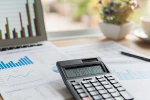 Pogorszenie ocen koniunktury w przemyśle i budownictwie