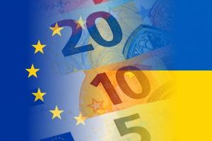 Miliard euro popłynie z Unii na Ukrainę