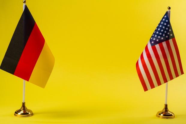 Ministrowie finansów Niemiec i USA deklarują wolę współpracy. Różnic wciąż wiele