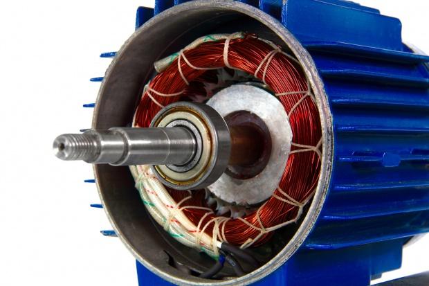 Szczecińscy naukowcy zaprojektowali unikatowy silnik do samochodów elektrycznych