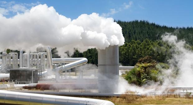 """Duża kasa na geotermię. """"Siedzimy na wielkim piecu"""""""