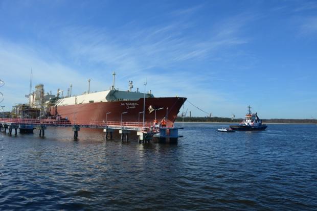 W walce z amerykańskim gazem i ropą Moskwa wykorzystuje internetowych trolli
