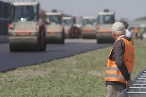 Umowy za ponad 738 mln zł na inwestycje drogowe na Mazowszu