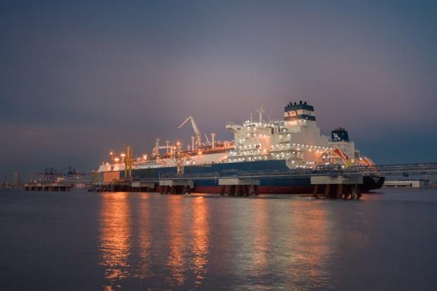 Powstał największy na świecie pływający terminal gazowy