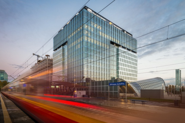 Bankomatowy potentat w biurowcu HB Reavis i PKP