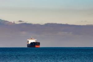 Nadal niskie stawki przewozu towarów morzem