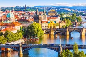 Tesco w Pradze zostało celem wyprawy polskich związkowców
