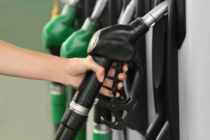 Na stacjach paliw coraz drożej