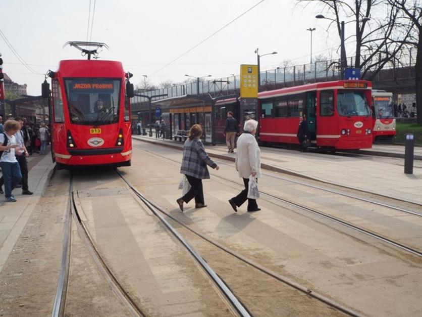 Zdjęcie numer 3 - galeria: Tramwaje Śląskie stają się bardziej niskopodłogowe. Dzięki modernizacjom