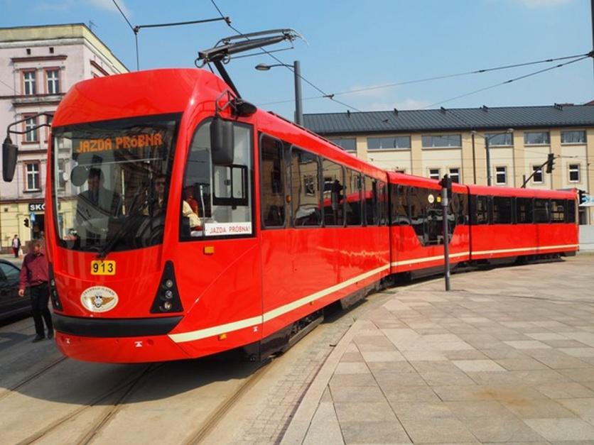 Zdjęcie numer 5 - galeria: Tramwaje Śląskie stają się bardziej niskopodłogowe. Dzięki modernizacjom