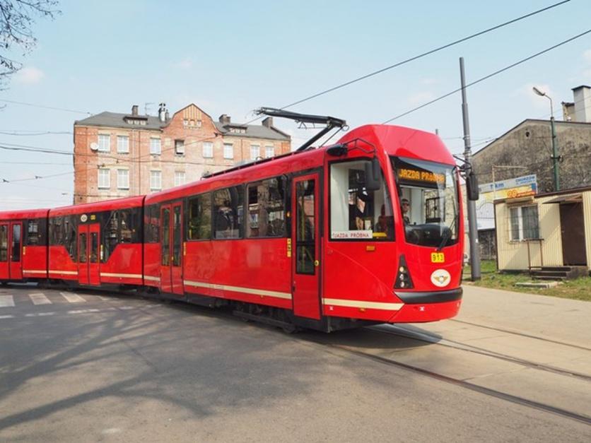 Zdjęcie numer 7 - galeria: Tramwaje Śląskie stają się bardziej niskopodłogowe. Dzięki modernizacjom
