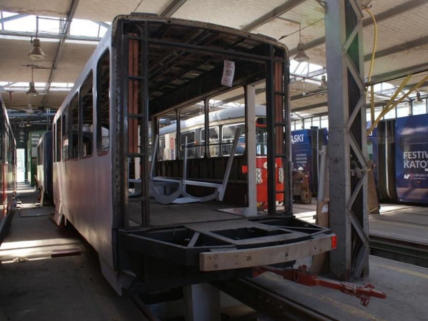 Zdjęcie numer 4 - galeria: Tramwaje Śląskie stają się bardziej niskopodłogowe. Dzięki modernizacjom