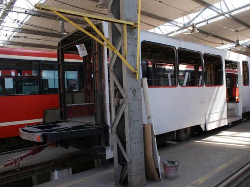 Zdjęcie numer 8 - galeria: Tramwaje Śląskie stają się bardziej niskopodłogowe. Dzięki modernizacjom