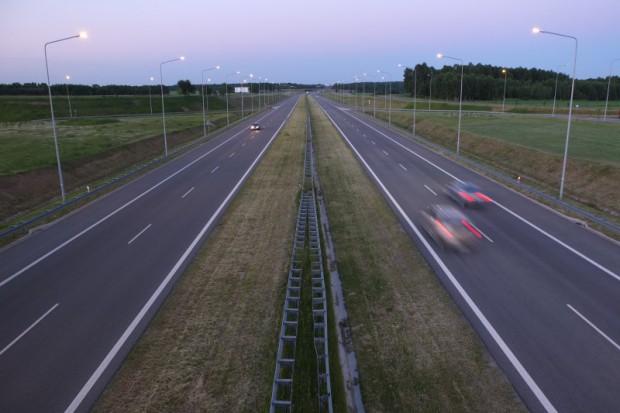 GDDKiA ma oferty na odcinek A2 - od 302 do 419 mln zł