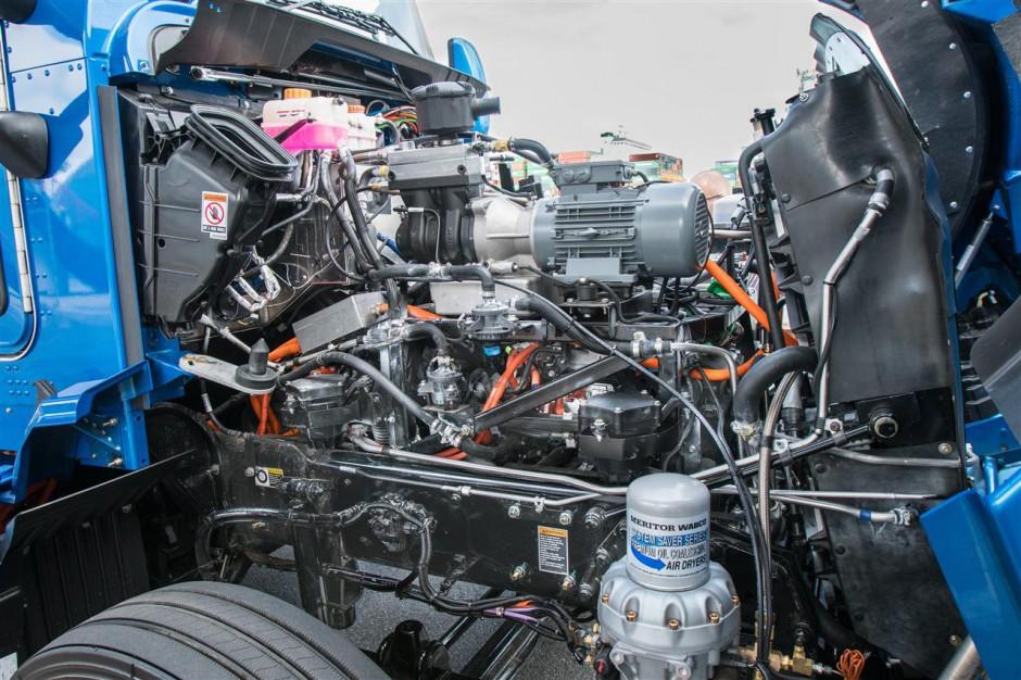 Zdjęcie numer 3 - galeria: Wodorowa ciężarówka Toyoty