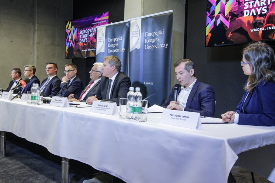 Zdjęcie numer 10 - galeria: Konferencja prasowa poprzedzająca Europejski Kongres Gospodarczy 2017