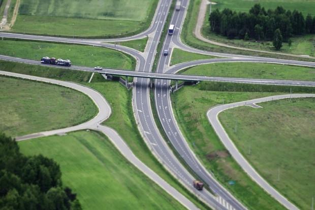 Mirbud liczy na dalszą hossę w magazynach i boom drogowy