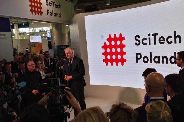 Gowin: budowanie pomostów z gospodarką jednym z filarów reform polskiej nauki