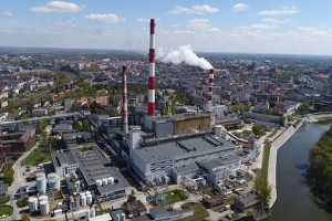 ZEW Kogeneracja rozpoczyna rozbiórkę 120-metrowego komina