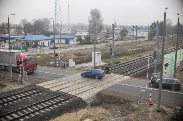 Jest umowa na budowę tunelu pod torami w Łochowie za 27 mln zł