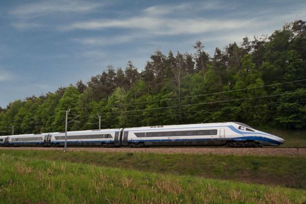 Pierwszy duży przetarg kolejowy w drodze do megalotniska