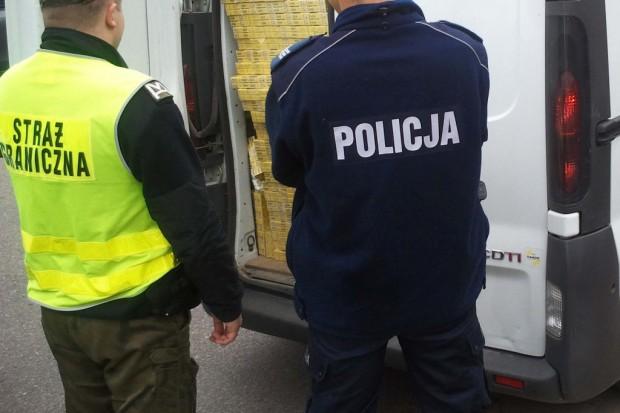 Melasa tytoniowa w puszkach z psią karmą; SP stracił ponad 5,5 mln zł