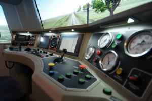 Qumak dostarczy symulator pojazdu kolejowego dla Newagu