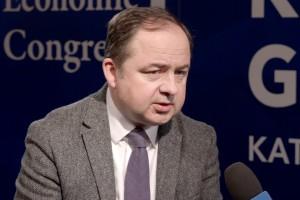 Szymański: odrzucamy próby manipulowania budżetem UE w oparciu o oceny polityczne