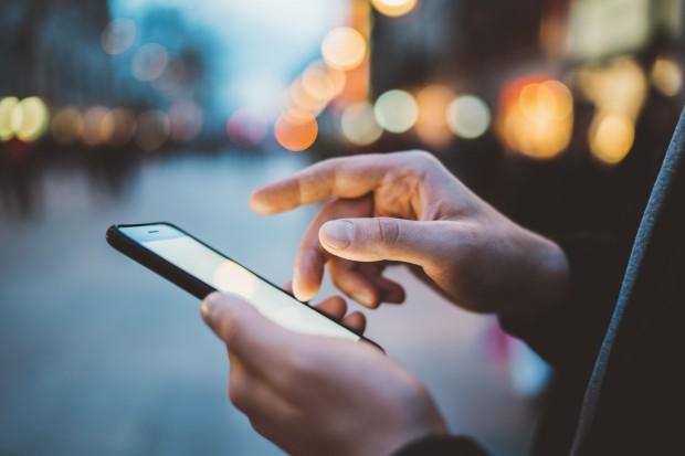 Tydzień bez smartfona - eksperyment we włoskim technikum