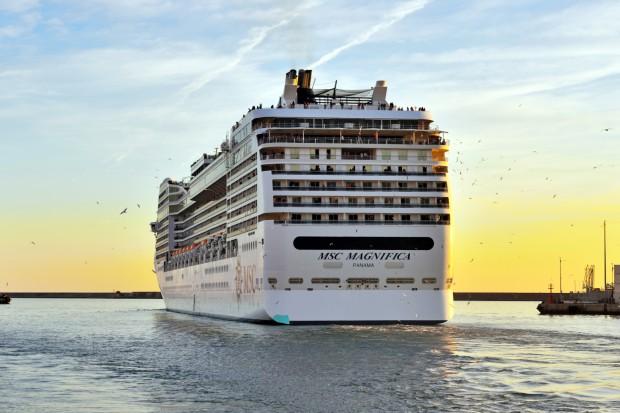 Spór o skalę dekarbonizacji w transporcie morskim